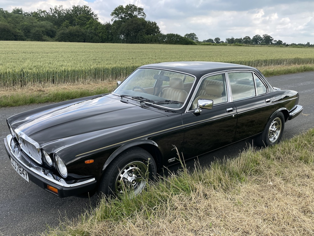 Low mileage Jaguar Series 3